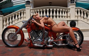 thumbnail_bike-and-girl-wallpaper-1680x1050-006
